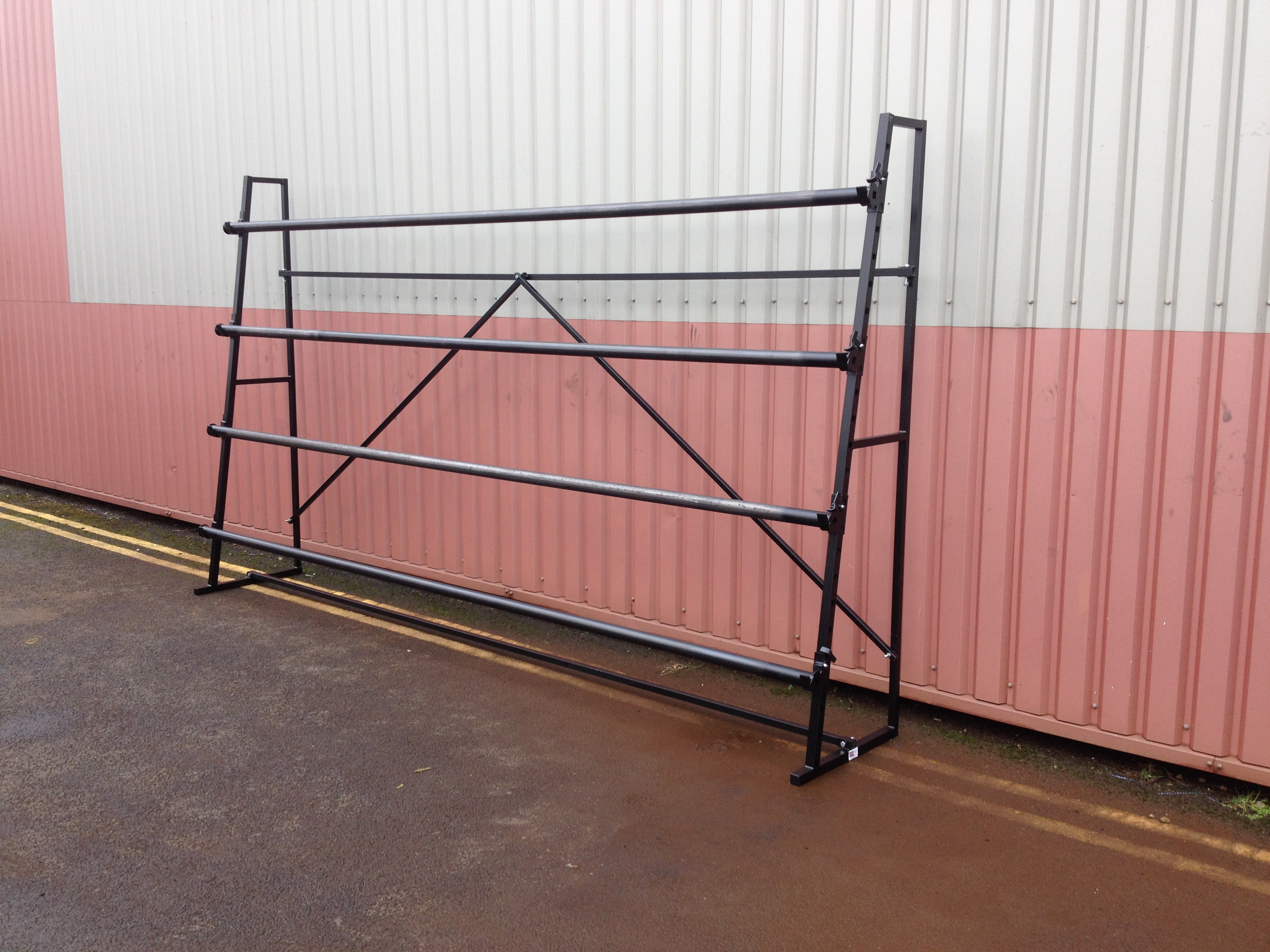 4 Roll Single Sided Carpet Stand 4m