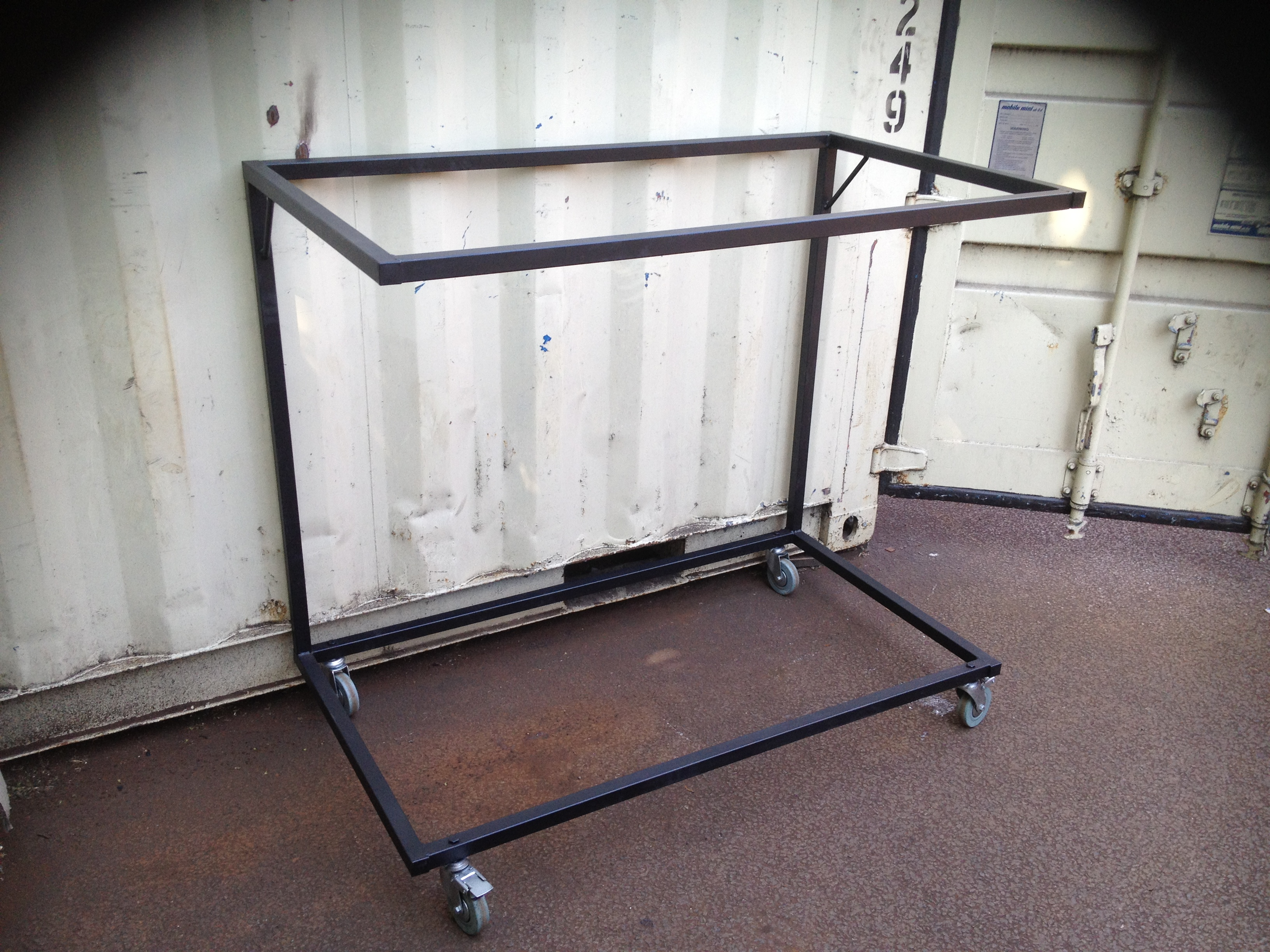 Sofa Display Stand On Wheels